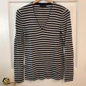 Banana Republic Black/Tan Striped Sweater Medium